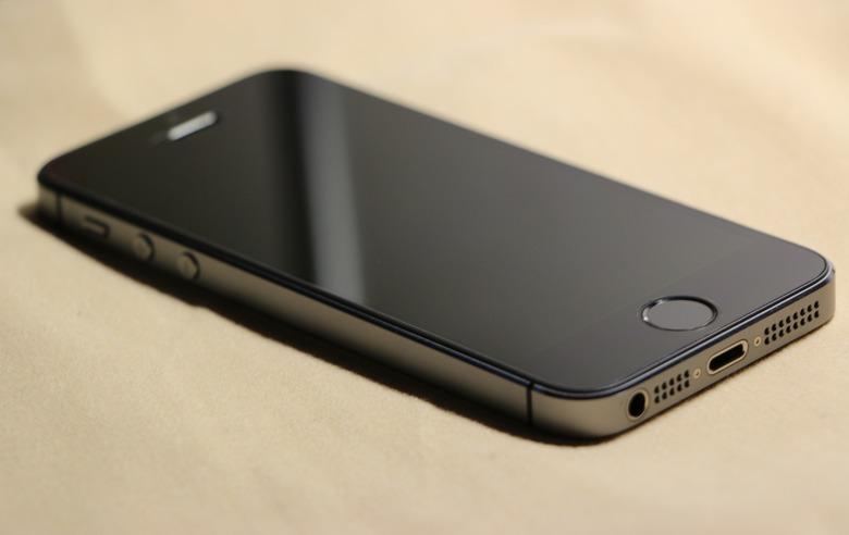 iPhone5Sの電源がつかない時の対処法・サポートに依頼すべき症状とは