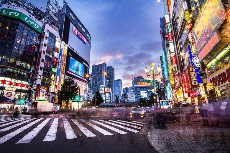 新宿のiPhone修理店おすすめ16店舗!エリア別に紹介